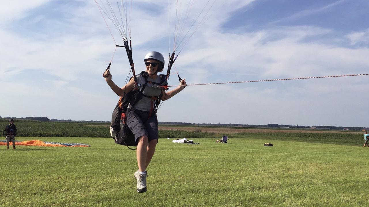 KNVvL paraglidingschool