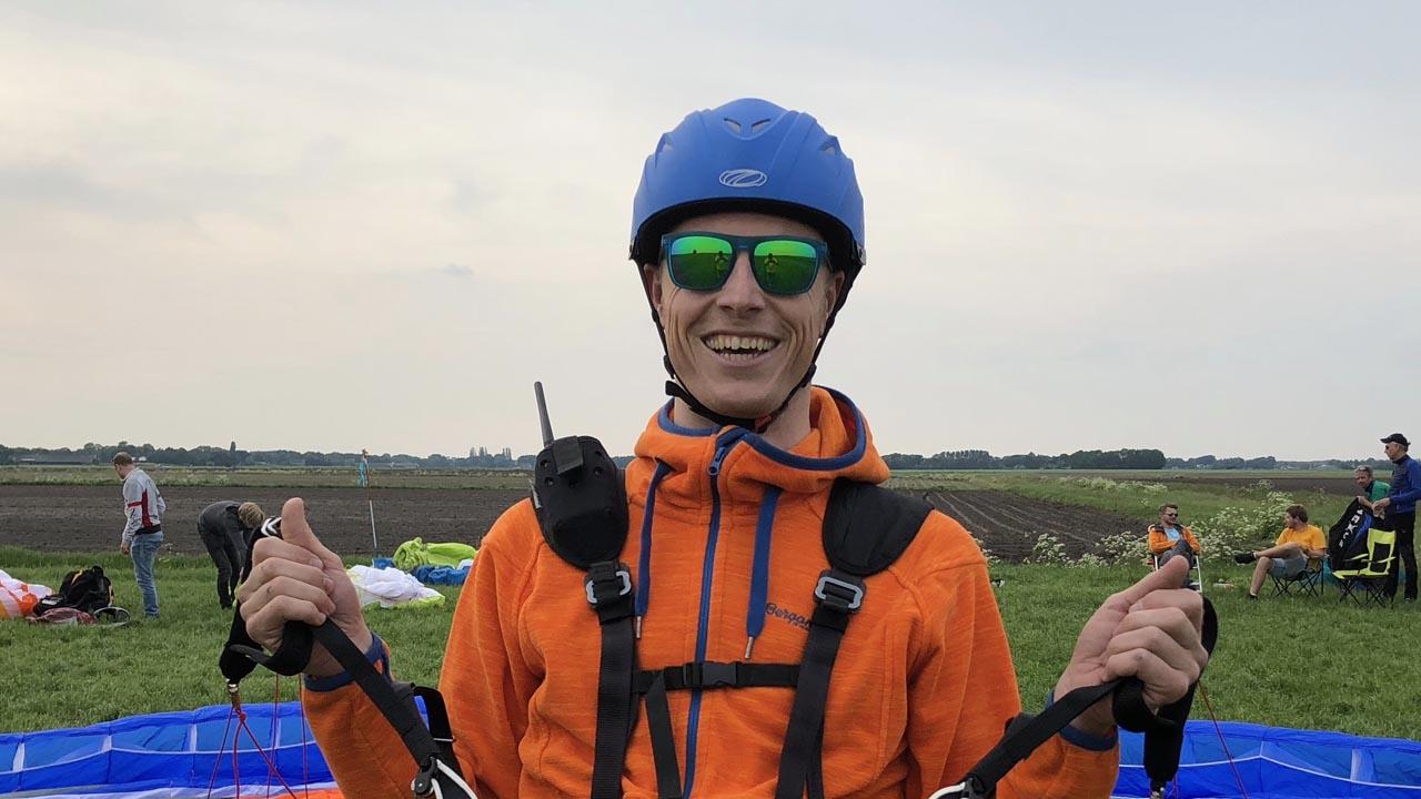 schermvlieger KNVvL paragliden school